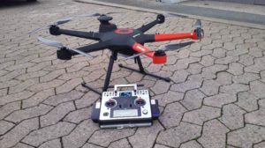 Drohne mit Elektroantrieb
